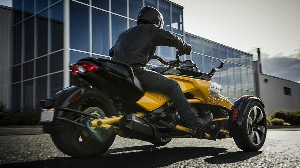 Трайк Can Am Spyder F3 2019 года