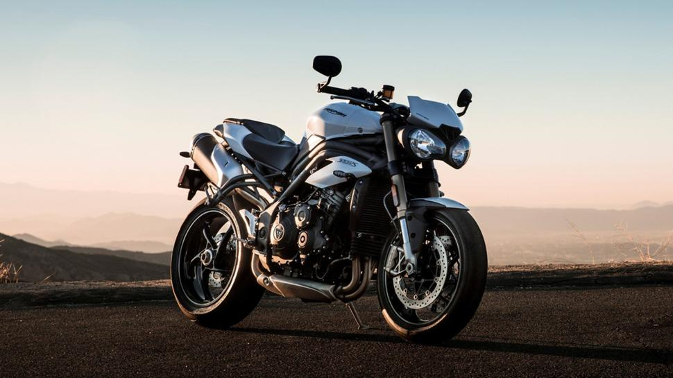 Triumph Speed Triple S и RS 2019