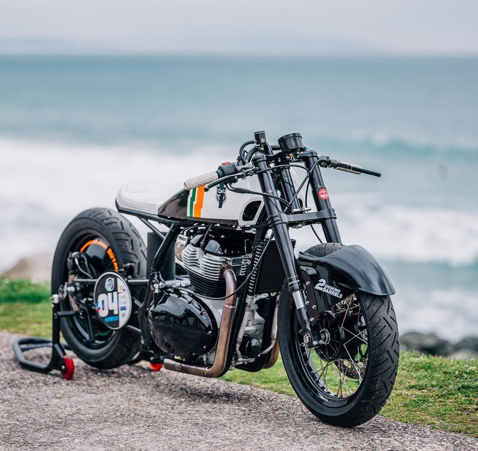 Royal Enfield Continental GT 650. Дрэг-кастом