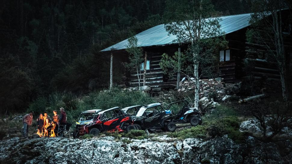 Квадроциклы CanAm Maverick Trail 1000DPS и Polaris RZR900 Premium 2020