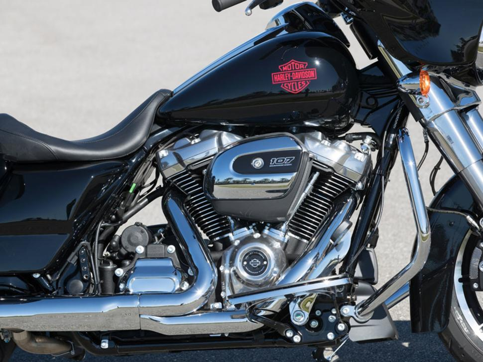 Milwaukee-Eight 107 Harley Davidson Electra Glide Standard 2019