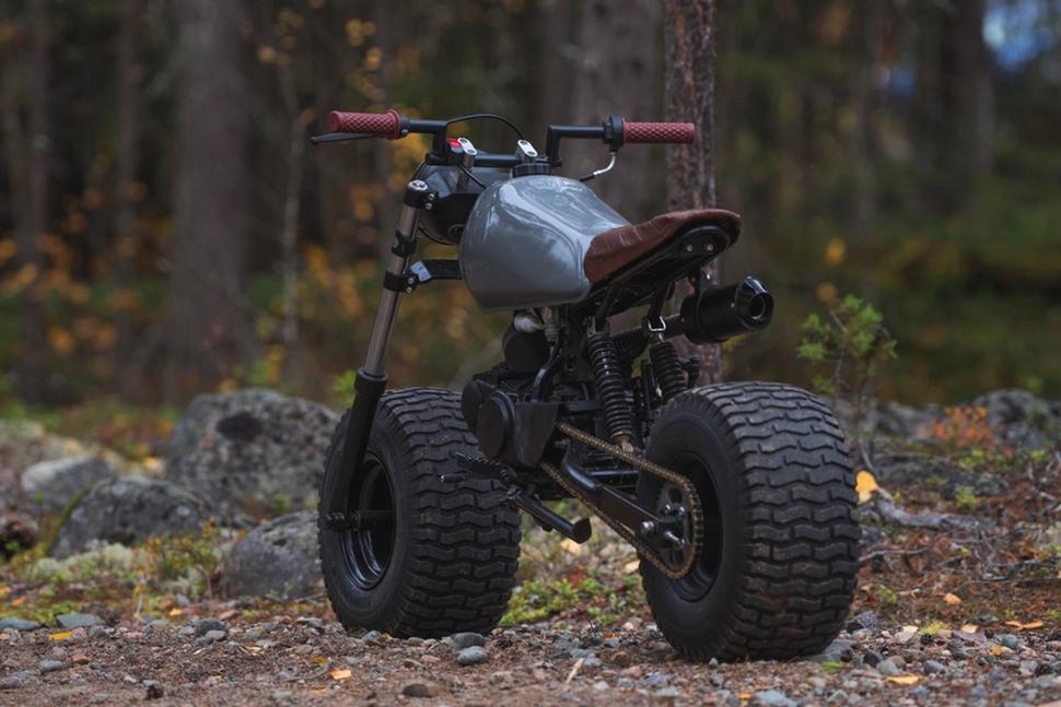 Турбина, колёса от газонокосилки и 125-кубовый двигатель