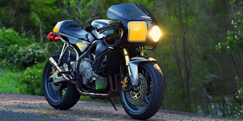 Honda CBR600RR Кастом под ретро-спортбайк